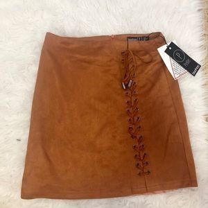 NWT- Boohoo Petite Suedette Skirt